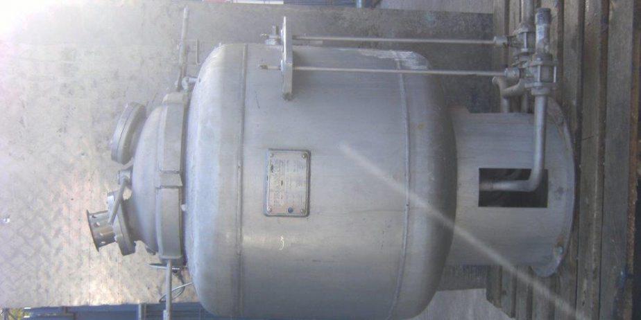 Stainless-Steel-tanks-4